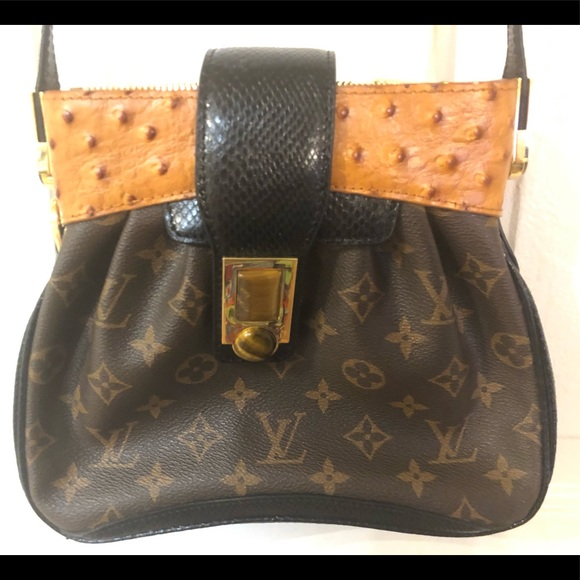 2282e783096d Louis Vuitton Handbags - Vintage Louis VUITTON Monogram Waltz Oskar Canvas